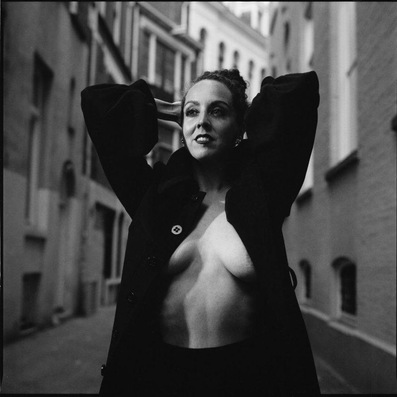 Ode aan Helmut Newton – met Valentina Rose